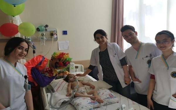 hemsirelik-kulubumuzden-hastalara-moral-ziyareti-600x375
