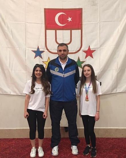 Öğrencimiz Gizem Kahya Satrançta Türkiye Şampiyonu Oldu (2)