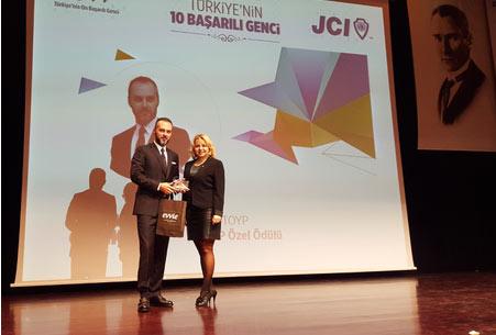 Yrd. Doç. Dr. İsmail Erkan ÇELİK  TOYP (Ten Outstanding Young  Persons Of the World) Özel Onur Ödülü Kazandı
